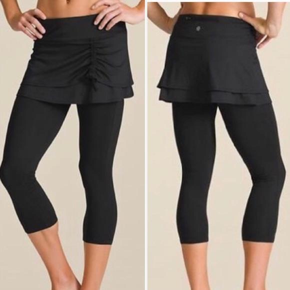 1f00d7bb991 Athleta Pants | Cuteness 2 In 1 Skirt Capri Crop Leggings | Poshmark